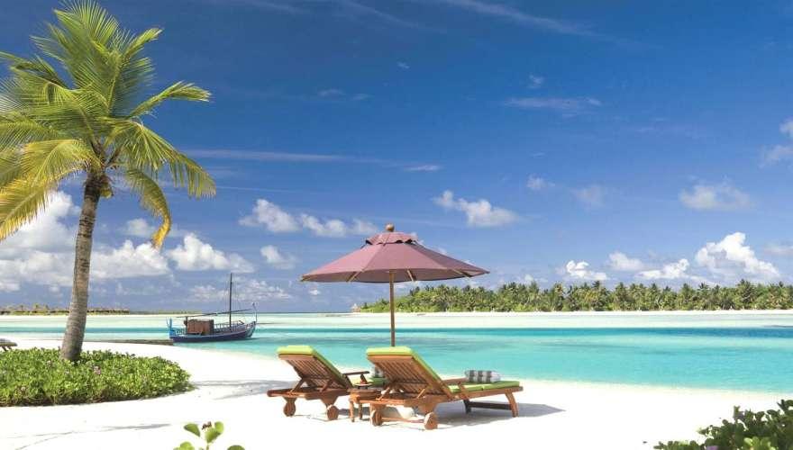 Mesmerizing Maldives Vacations in a Luxury Beach Resort